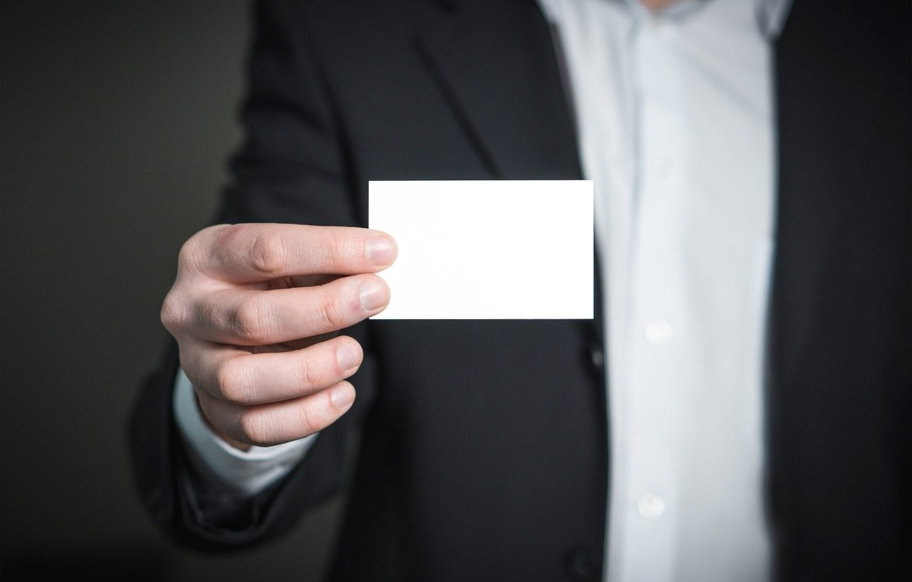 Why You Need Business Cards in the Digital Age